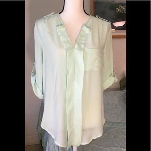 Charlotte Russe 3/4 & short sleeves. Size M
